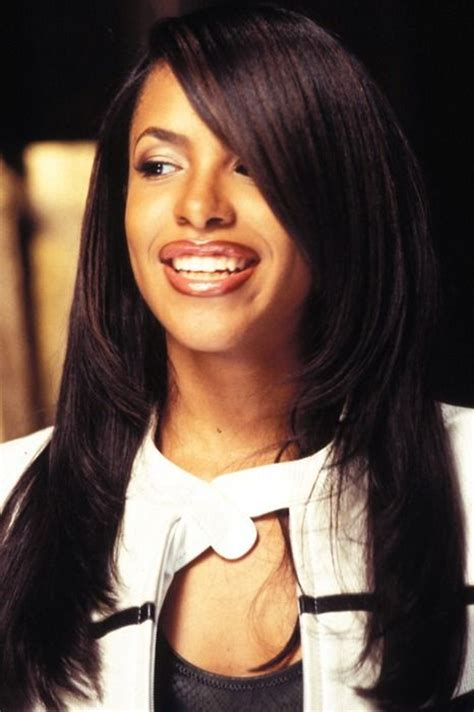 aaliyah smile hair and style