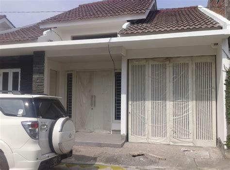 gambar rumah minimalis pintu samping home design interior