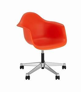 Vitra Eames Armchair : eames plastic armchair pacc swivel chair vitra milia shop ~ A.2002-acura-tl-radio.info Haus und Dekorationen