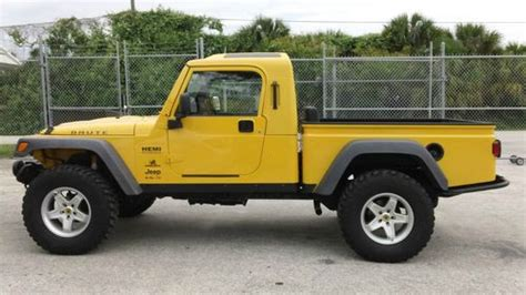sell   jeep wrangler rubicon  hemi brute conversion  fort lauderdale florida