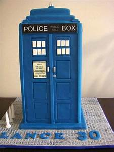 doctor who themed cakes With tardis cake template