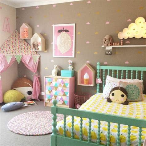 Kinderzimmer Mädchen Dachschräge by Sch 246 Ne Kinderzimmer F 252 R M 228 Dchen