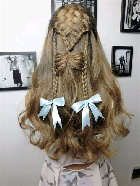 Bow Hairstyles With Curls Hair