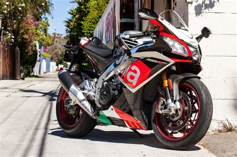 Aprilia Rsv4 Rr 4k Wallpapers by Aprilia Rsv4 Wallpapers Vehicles Hq Aprilia Rsv4