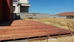 Pose Terrasse Bois Sur Terre : pose caillebotis bois sur terre les pav s en bois ~ Melissatoandfro.com Idées de Décoration