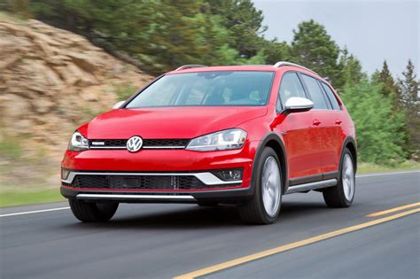2017 Volkswagen Golf Alltrack Review Surprisingly