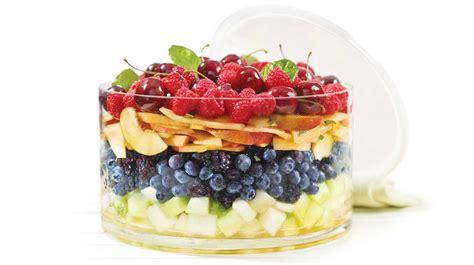 cuisine au miel salade de fruits d été recettes iga melon framboises