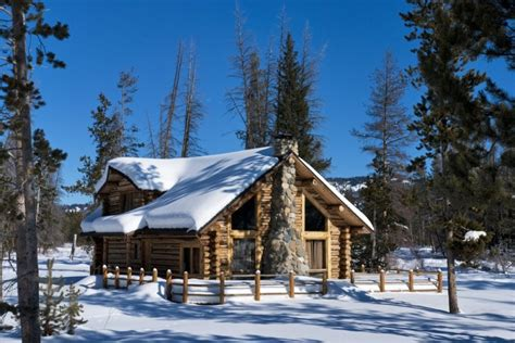 log cabin designs   holiday homes   snow