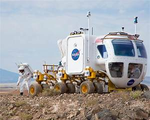 How NASA's 'Real Martians' Are Preparing for Manned Trips ...