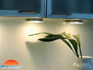 Unterschrank Beleuchtung Küche : k chen unterschrank leuchte raum und m beldesign inspiration ~ Markanthonyermac.com Haus und Dekorationen