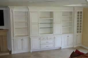 wallpaper livingroom built in wall units tjihome