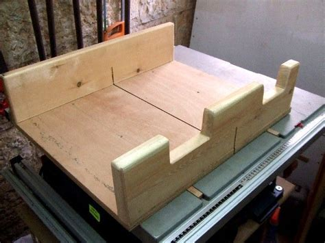 woodworking table  jigs miter sled  table