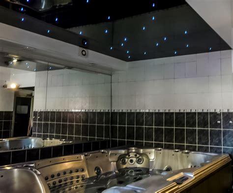 poser un faux plafond en pvc jpg with poser un faux plafond en pvc plafond salle de bain pvc