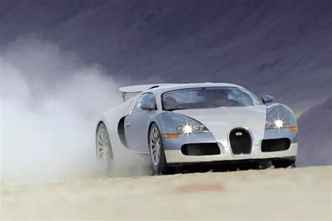 .bugatti veyron exterior images below, is part of 2019 bugatti veyron editorial which is labeled you can also look for some pictures that related to 58 a 2019 bugatti veyron exterior by scroll down. Bugatti Veyron 16.4 Exterior Photos | CarBuzz