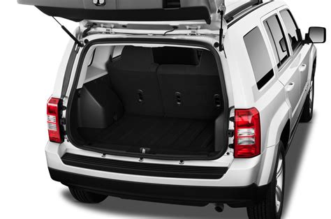 jeep compass 2017 trunk 2016 jeep patriot reviews and rating motor trend