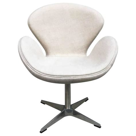swan chair by arne jacobsen for sale at 1stdibs