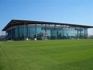 Volkswagen Montpellier : photos du stade de wolfsburg volkswagen arena ~ Gottalentnigeria.com Avis de Voitures