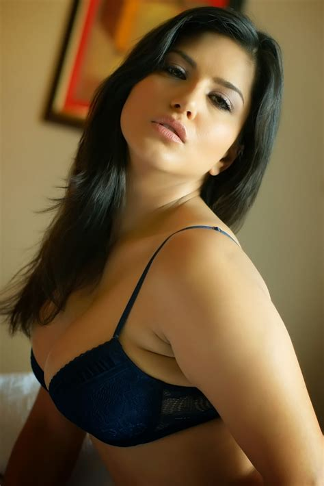 Sunny Leone Latest Pics  Indian Actress Hot Photos And Hd
