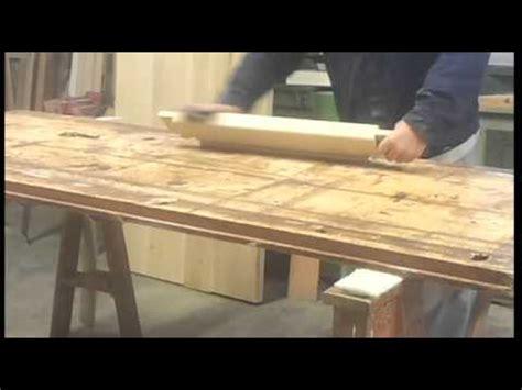 costruzione di un tavolo in legno costruzione tavolo in legno con gambe tornite