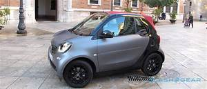 Smart Fortwo Cabriolet : 2017 smart fortwo cabriolet first drive slashgear ~ Jslefanu.com Haus und Dekorationen