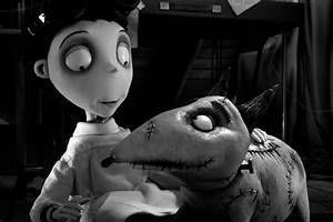 """Theatrical Review: """"Frankenweenie"""" 