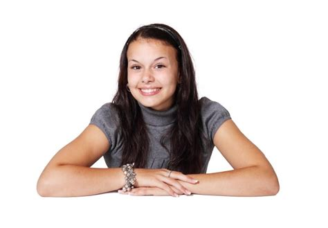 The major credit card issuers allow you to add minors as authorized users, but several have minimum age limits. What's the Minimum Age for an Authorized Credit Card User? - Legit Lender