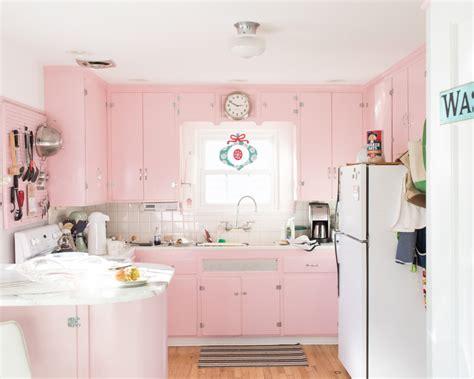 mobili rosa cucina pastello rosa con mobili lucidi arredamento shabby