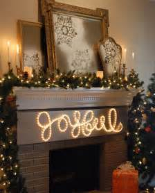 31 gorgeous indoor d 233 cor ideas with christmas lights digsdigs