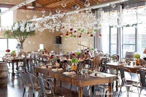 une decoration de mariage style industriel  vintage