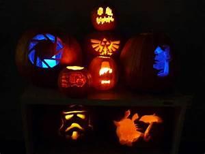 Thinkgeek announces 2012 great geeky pumpkin template contest technabob for Geeky pumpkin carving templates