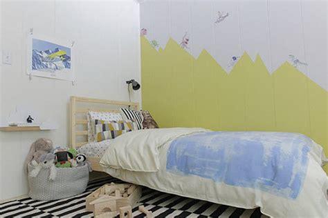 stickers muraux chambre bébé déco montagne dans la chambre de bébé