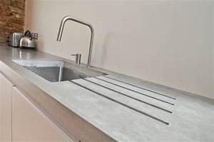 Küche Beton Arbeitsplatte : arbeitsplatte mit betonoptik k chenarbeitsplatten aus beton wand k che k chen ~ Sanjose-hotels-ca.com Haus und Dekorationen