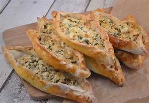 Türkische Pide mit Schafskäse Rezept › Ofengeflüster