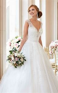 ball gown wedding dress with v neckline stella york With what to do with wedding dress