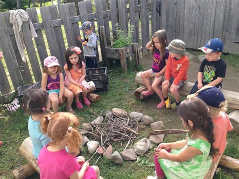 munchkins preschool center nature explore program 915 | Hanwell LittleMunchkins05