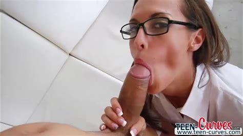 Slutty Kelsi Monroe Twerk Her Juicy Ass And Gets Fucked