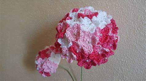 fiori fatti a uncinetto fiore ortensie