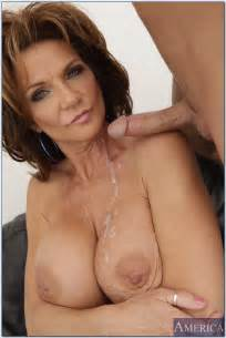 Big Titted Woman Got A Cumshot Photos Deauxma Kris
