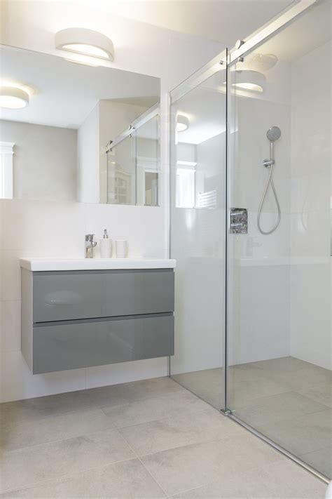 plan chambre salle de bain comment poser une à l italienne soi même