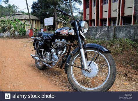 Gambar Motor Royal Enfield Bullet 350 by Indian Manufactured Royal Enfield Bullet 350 Motor Cycle
