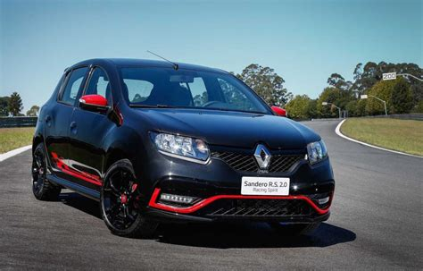 renault sandero renault sandero r s brings back the rawness of hatch