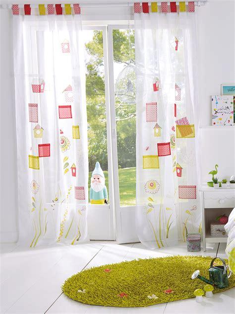 rideaux pour chambre b frais rideau occultant chambre enfant ravizh com