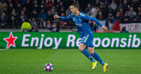 Cbs sports has the latest champions league news, live scores, player stats, standings, fantasy games, and projections. Champions League, Juventus e Napoli sognano i quarti di ...