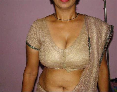 Indian Big Boobs Aunties Huge Cleavage Show In Bra Blouse