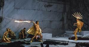 Immortals Luke Evans as Zeus : Teaser Trailer