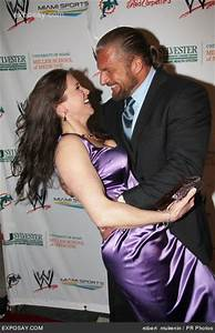 Paul Levesque (Triple H) & his wife Stephanie McMahon ...