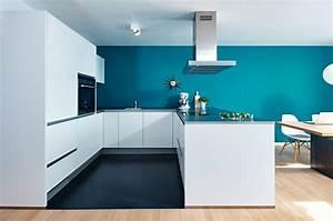 Farbgestaltung Küche Wand : offene wohn essk che von nolte mit siemens einbauger ten ~ Markanthonyermac.com Haus und Dekorationen