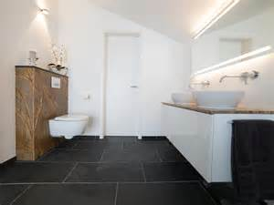 badezimmer stuttgart schiefer mustang fliesen in modernem badezimmer natursteinhandel jonastone