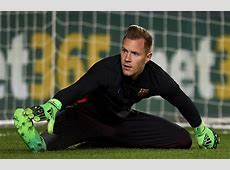 MarcAndre Ter Stegen back in Barcelona training before