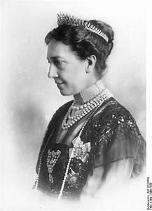 Pflaume Königin Viktoria : file bundesarchiv bild 102 09559 k nigin viktoria von wikimedia commons ~ Eleganceandgraceweddings.com Haus und Dekorationen